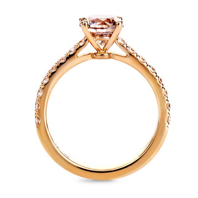 Enstensring i roségull med champagnefarget og klare diamanter