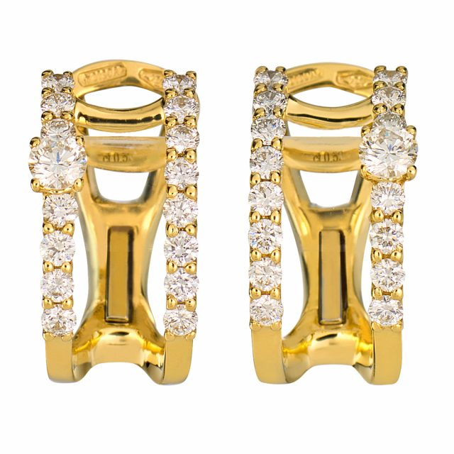 Ørepynt i gult gull med hvite diamanter